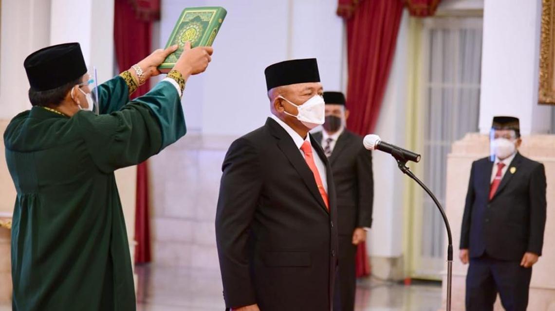 Ganip Warsito Dilantik Presiden Jokowi Sebagai Kepala BNPB[2]